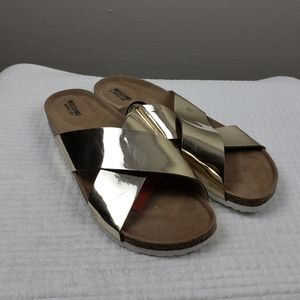 Mossimo Gold Criss Cross Flat Slides Size 10